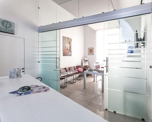 Studio Odontoiatrico Mignogna - Lo studio in via Luca Giornano 56, Napoli